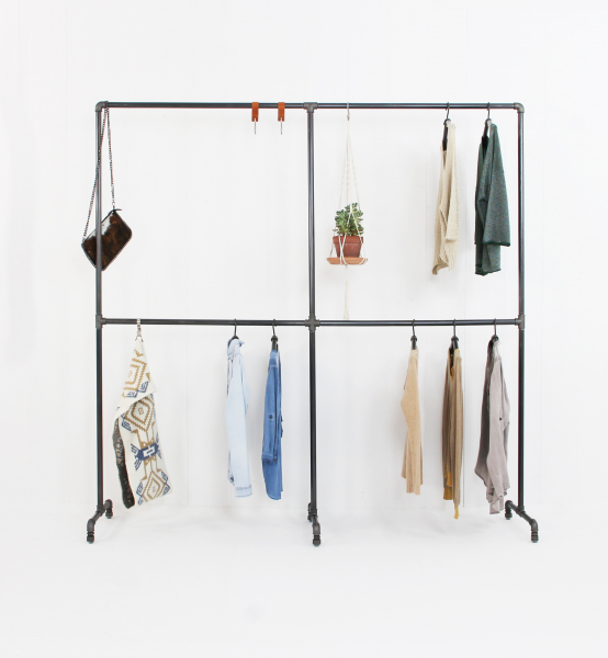 Industriedesign Garderobe Four